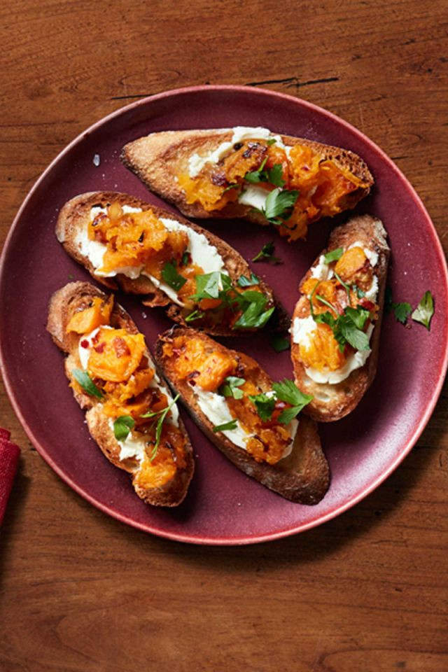 Thanksgiving Dinner Appetizers  30 Unbelievably Good Thanksgiving Appetizer Recipes