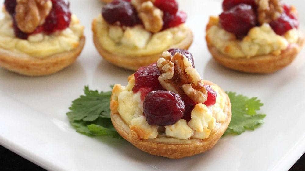 Thanksgiving Dinner Appetizers  Make Ahead Thanksgiving Appetizers from Pillsbury