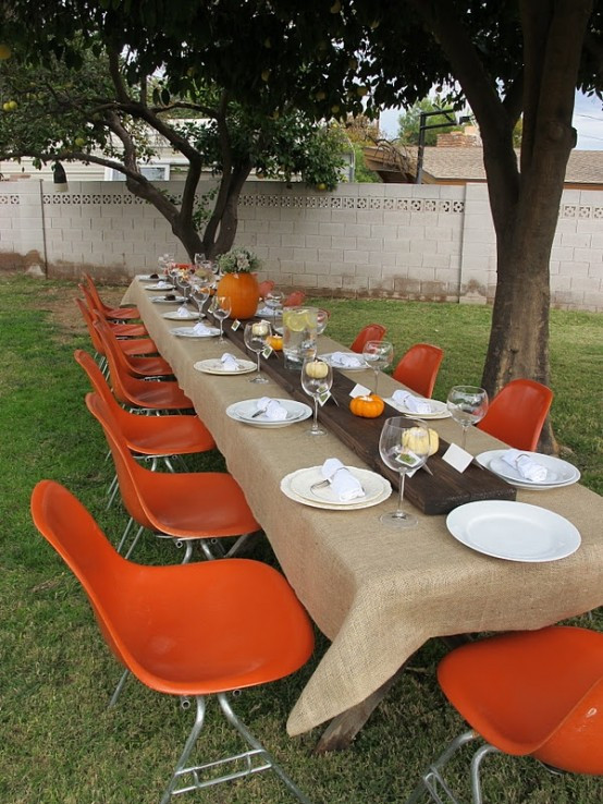 Thanksgiving Dinner Decorations  20 fantastic Thanksgiving decoration ideas for an outdoor