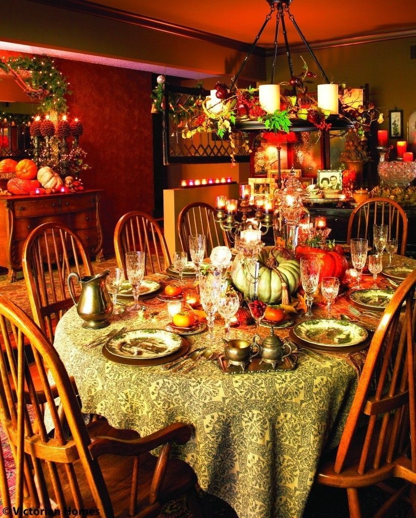 Thanksgiving Dinner Decorations  Richly Colorful Thanksgiving Dining Room s