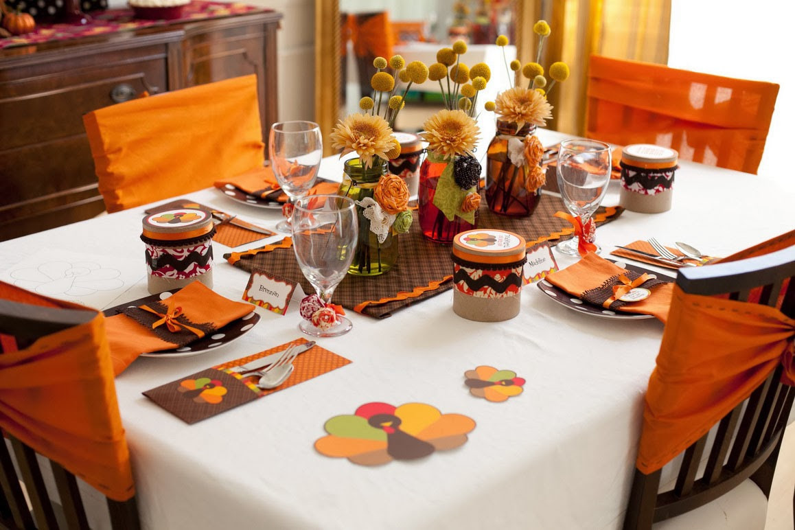 Thanksgiving Dinner Decorations  How to Throw a Great Thanksgiving Dinner Party for Your