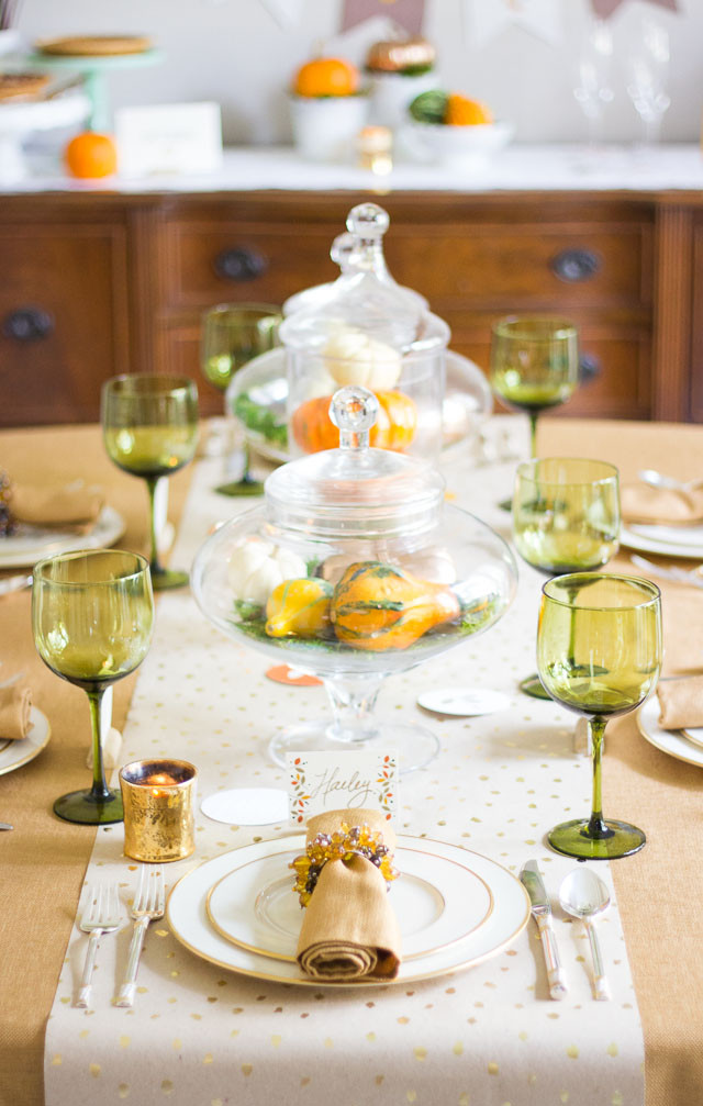 Thanksgiving Dinner Decorations  Thanksgiving Dinner Decorating Ideas with Minted