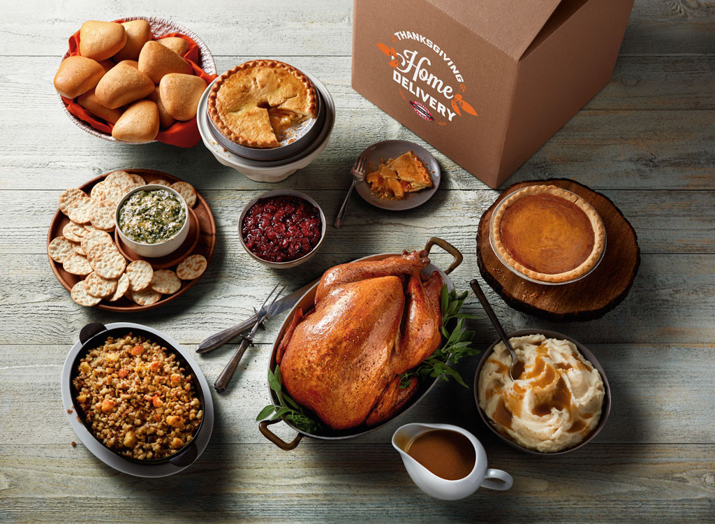 Thanksgiving Dinner Delivery  Boston Market Has Thanksgiving Delivery