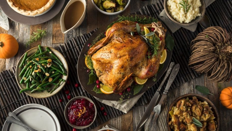 Thanksgiving Dinner Delivery Hot  Neiman Marcus will ship you a full Thanksgiving dinner