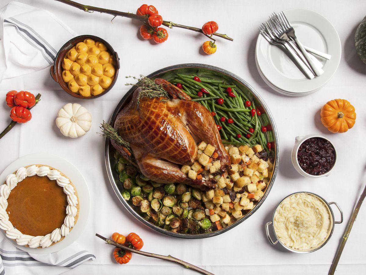 Thanksgiving Dinner In Las Vegas 2019  Thanksgiving Las Vegas Restaurants 2018 Eater Vegas