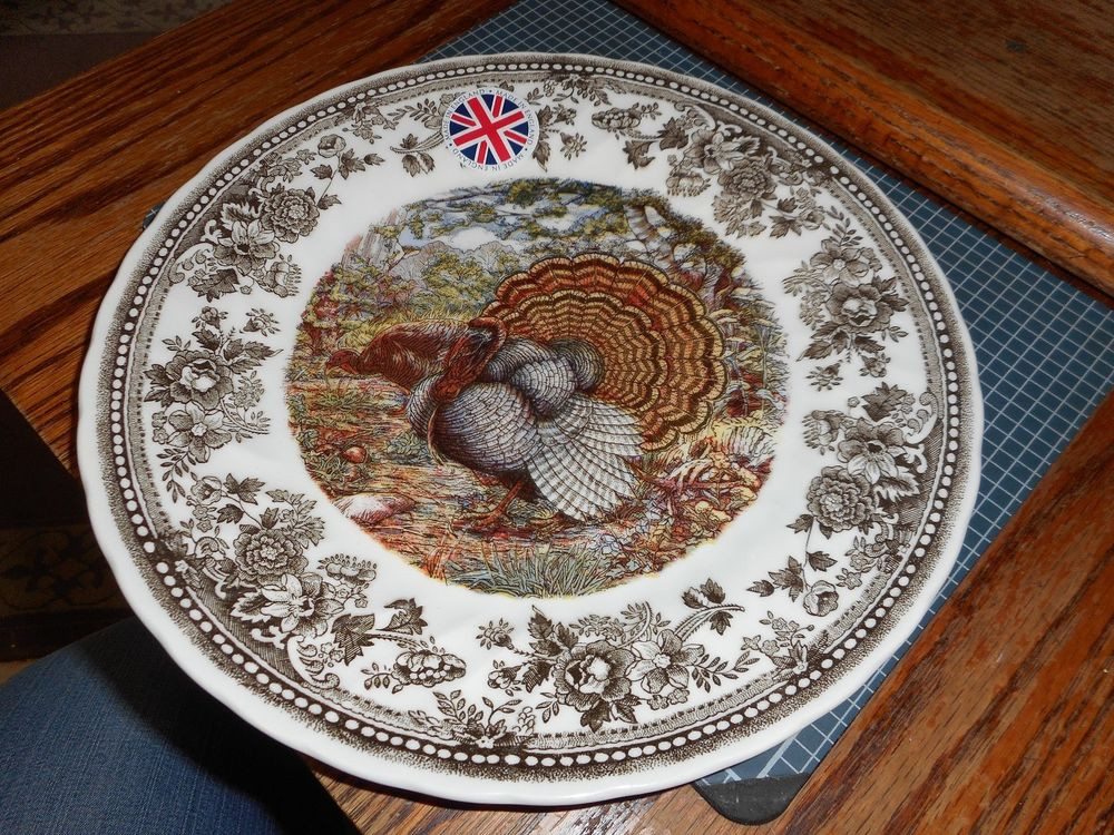Thanksgiving Dinner Plate  QUEEN S Quintessential Game Thanksgiving Turkey DINNER