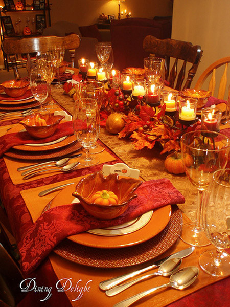 Thanksgiving Dinner Table Settings  31 Stylish Thanksgiving Table Decor Ideas Easyday