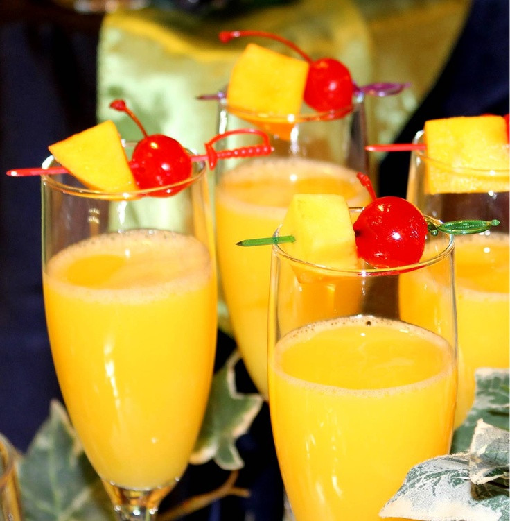 Thanksgiving Drinks For A Crowd  10 of the Best Thanksgiving Cocktail & Mocktail Drinks