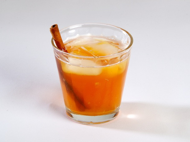 Thanksgiving Drinks Non Alcoholic  7 Nonalcoholic Drink Recipes for Thanksgiving