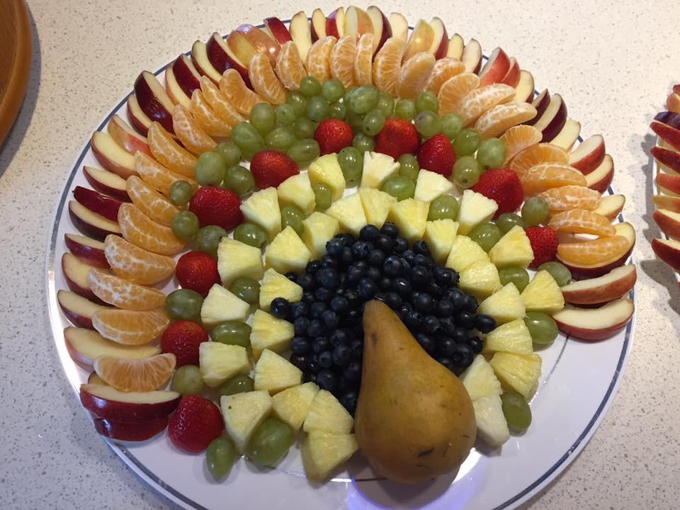 Thanksgiving Fruit Turkey  Thanksgiving Turkey Fruit Tray