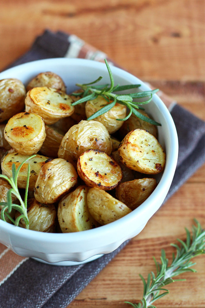 Thanksgiving Roasted Potatoes  8 Vegan Thanksgiving Recipes To plete Your Holiday Menu