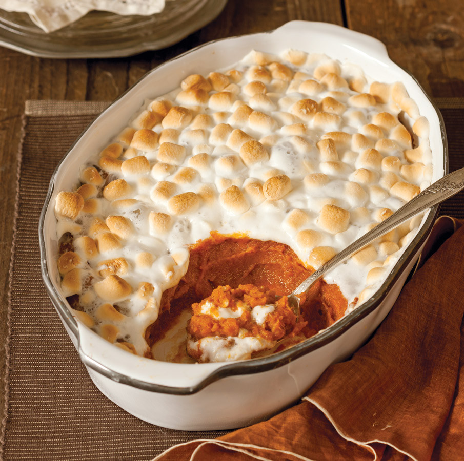 Thanksgiving Sweet Potatoes With Marshmallows  Spiced Sweet Potato Casserole