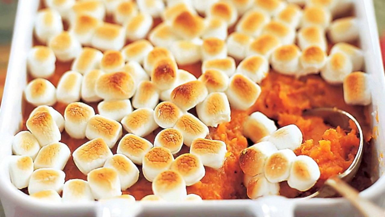 Thanksgiving Sweet Potatoes With Marshmallows  Thanksgiving SWEET POTATO Casserole with Marshmallows