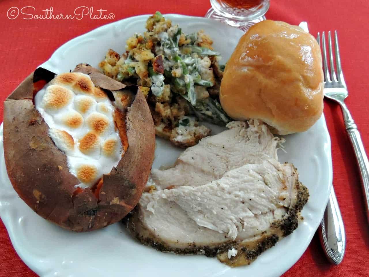 Thanksgiving Turkey Breast Slow Cooker  Slow Cooker Turkey Breast – My little Thanksgiving