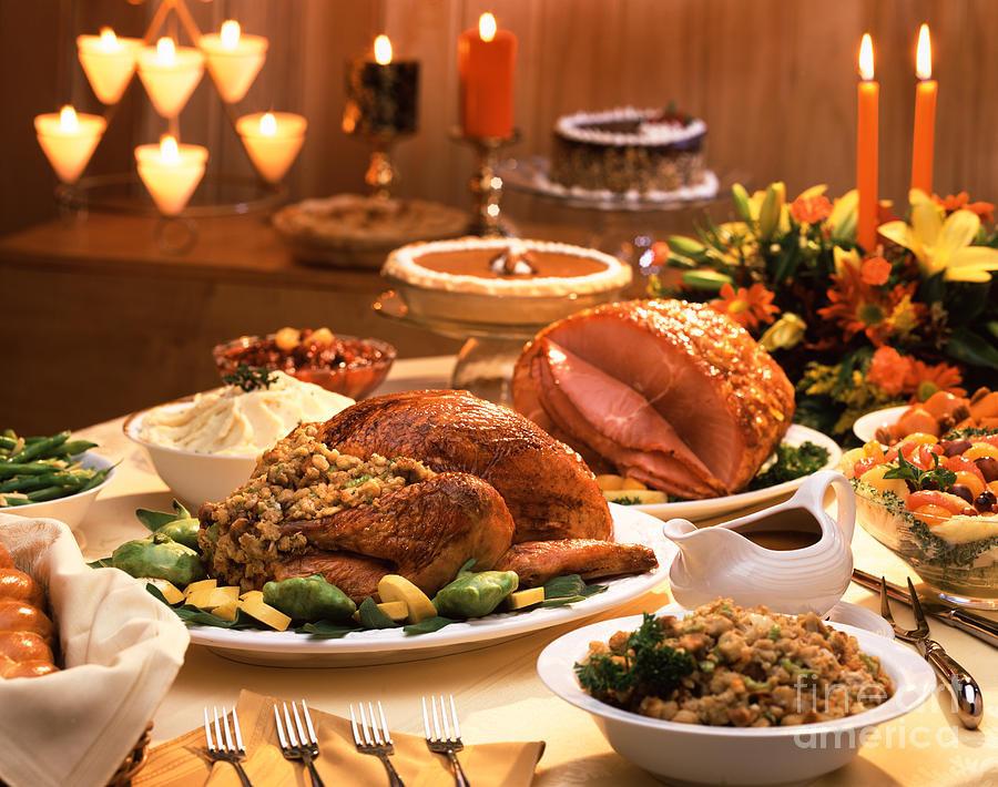 Thanksgiving Turkey Dinner  Thanksgiving Dinner Favorites