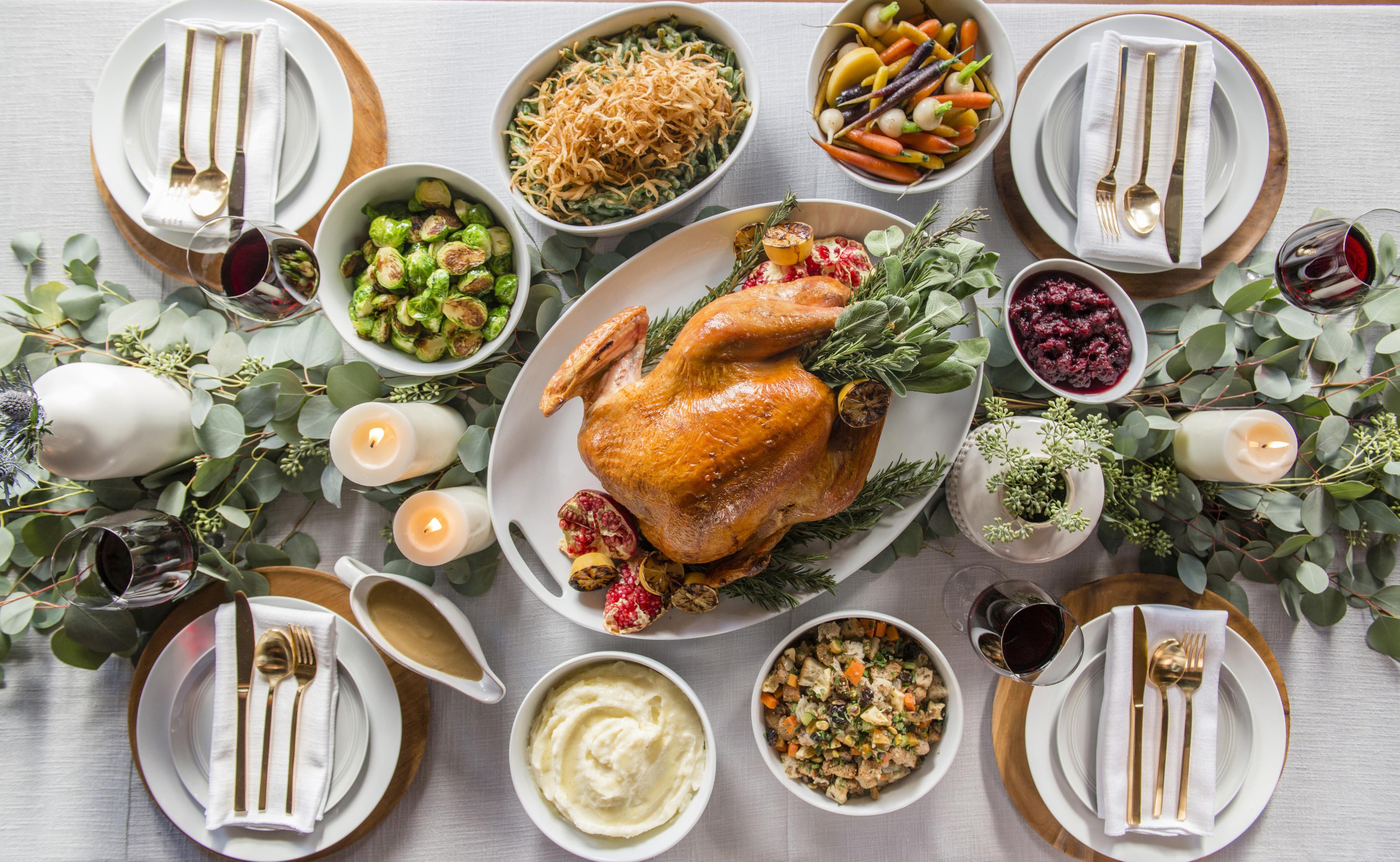 Thanksgiving Turkey Dinner  THANKSGIVING DINNER TO GO Sapphire Laguna