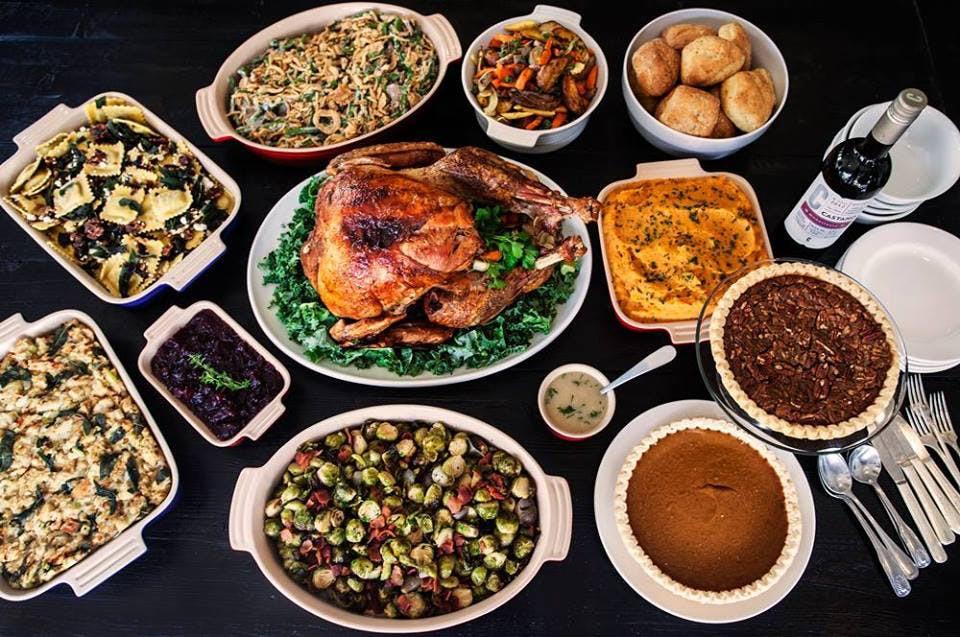 Thanksgiving Turkey Order  Chicago Restaurants to Order Thanksgiving Dinner From