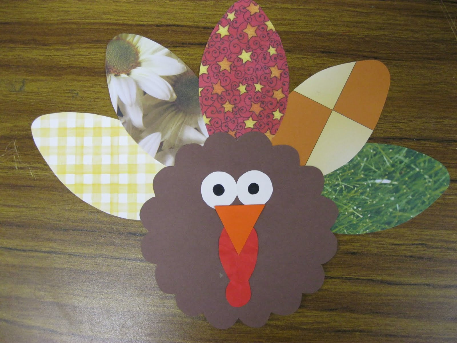 Thanksgiving Turkey Projects  First Grade Fanatics Gobble Gobble