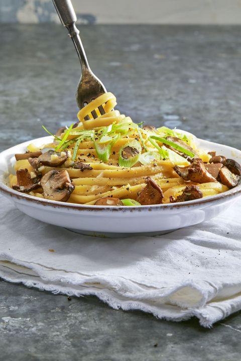 Thanksgiving Vegan Dish  21 Vegan Thanksgiving Recipes Easy Main Dishes Sides