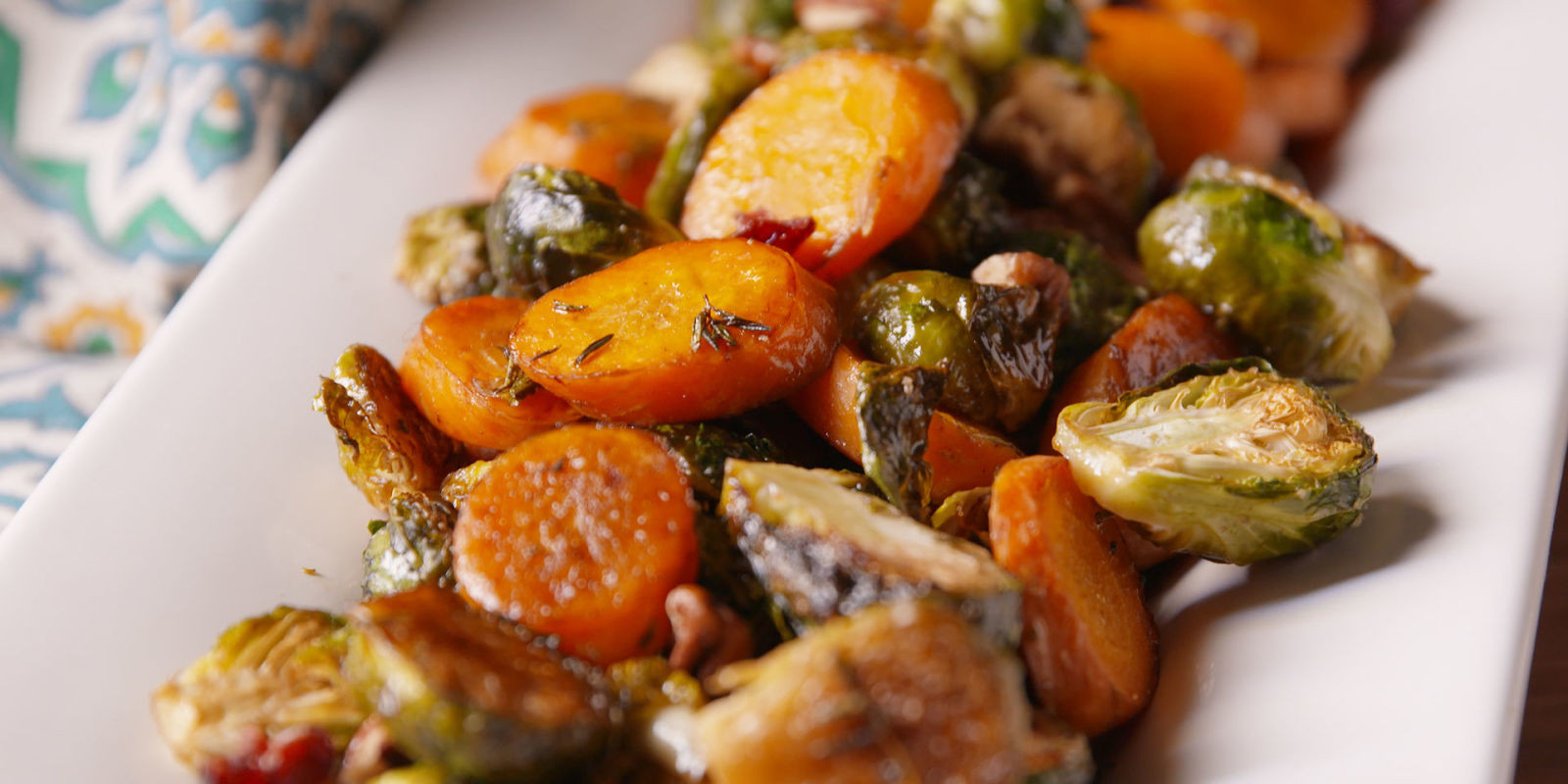 Thanksgiving Vegetarian Dishes  40 Easy Ve able Side Dishes Best Recipes for Veggie