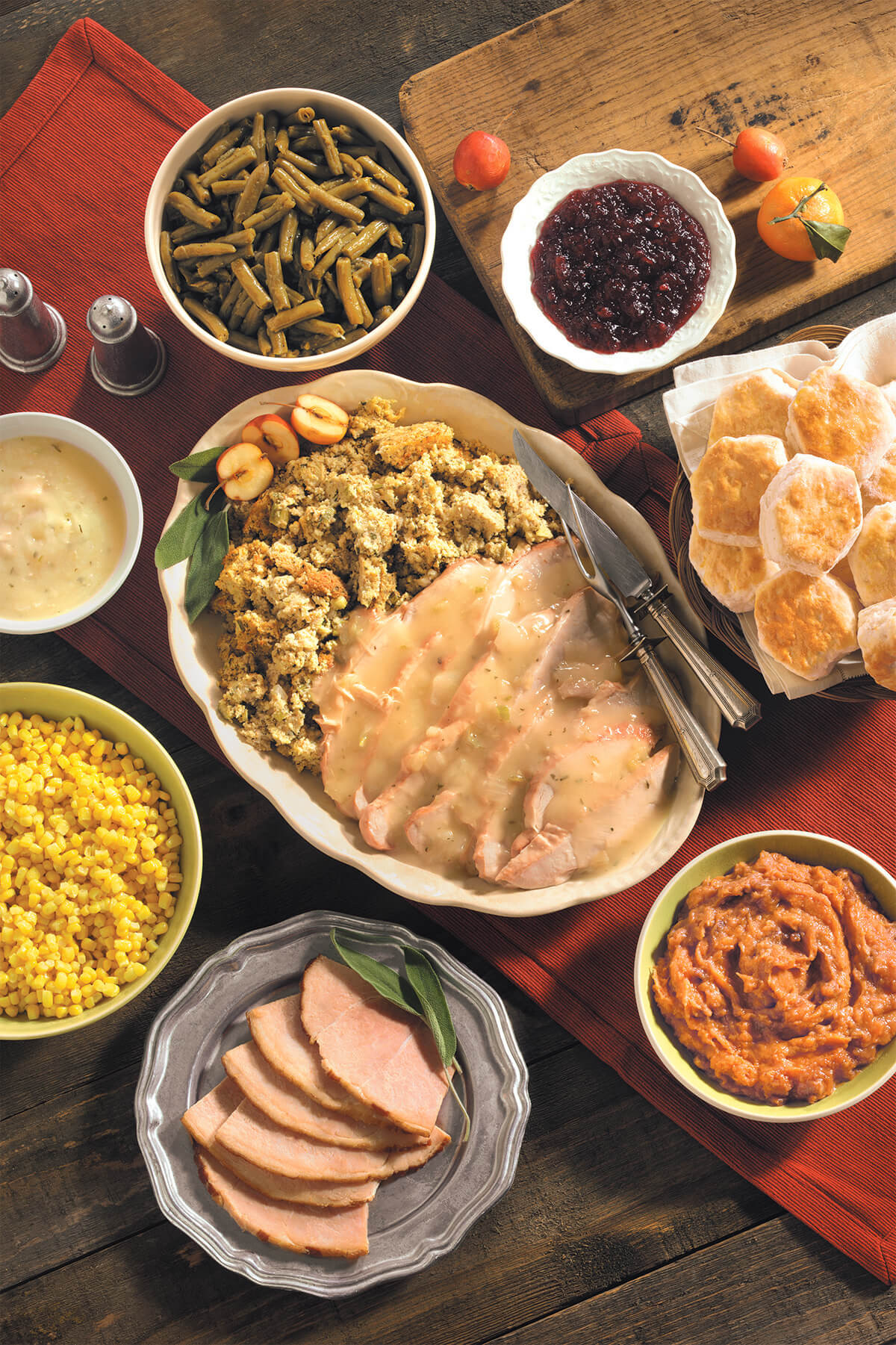 To Go Thanksgiving Dinners  Cracker Barrel to Serve 1 4 Million Meals This
