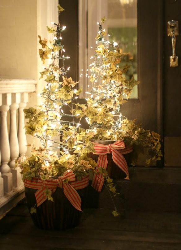 Tomato Cage Christmas Tree  Over on eHow Tomato Cage Christmas Tree Lights