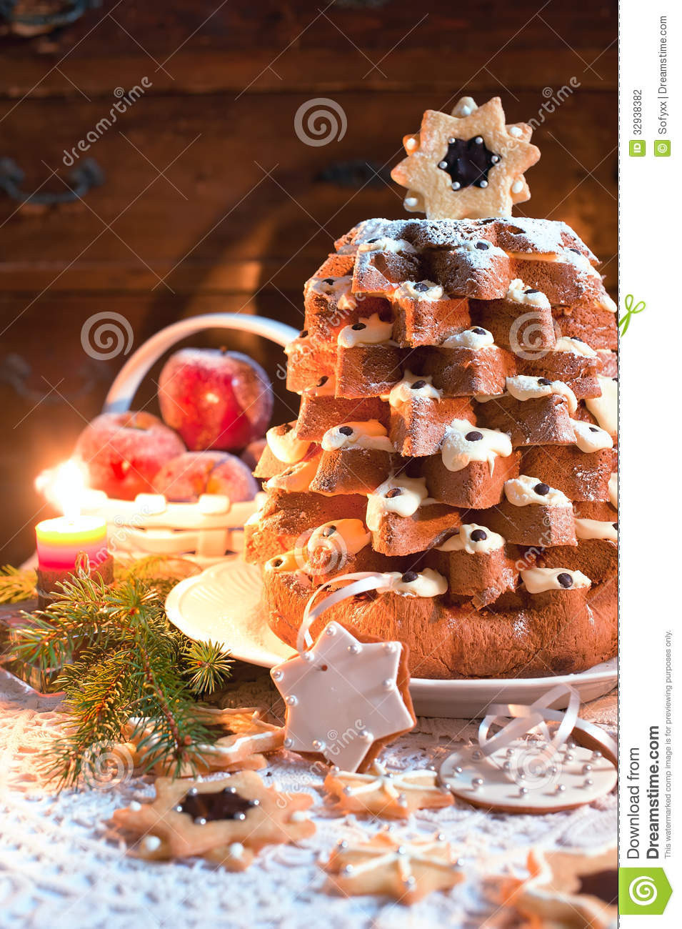 Traditional Christmas Sweet Bread  Christmas Tree Pandoro With Candle Light Stock graphy