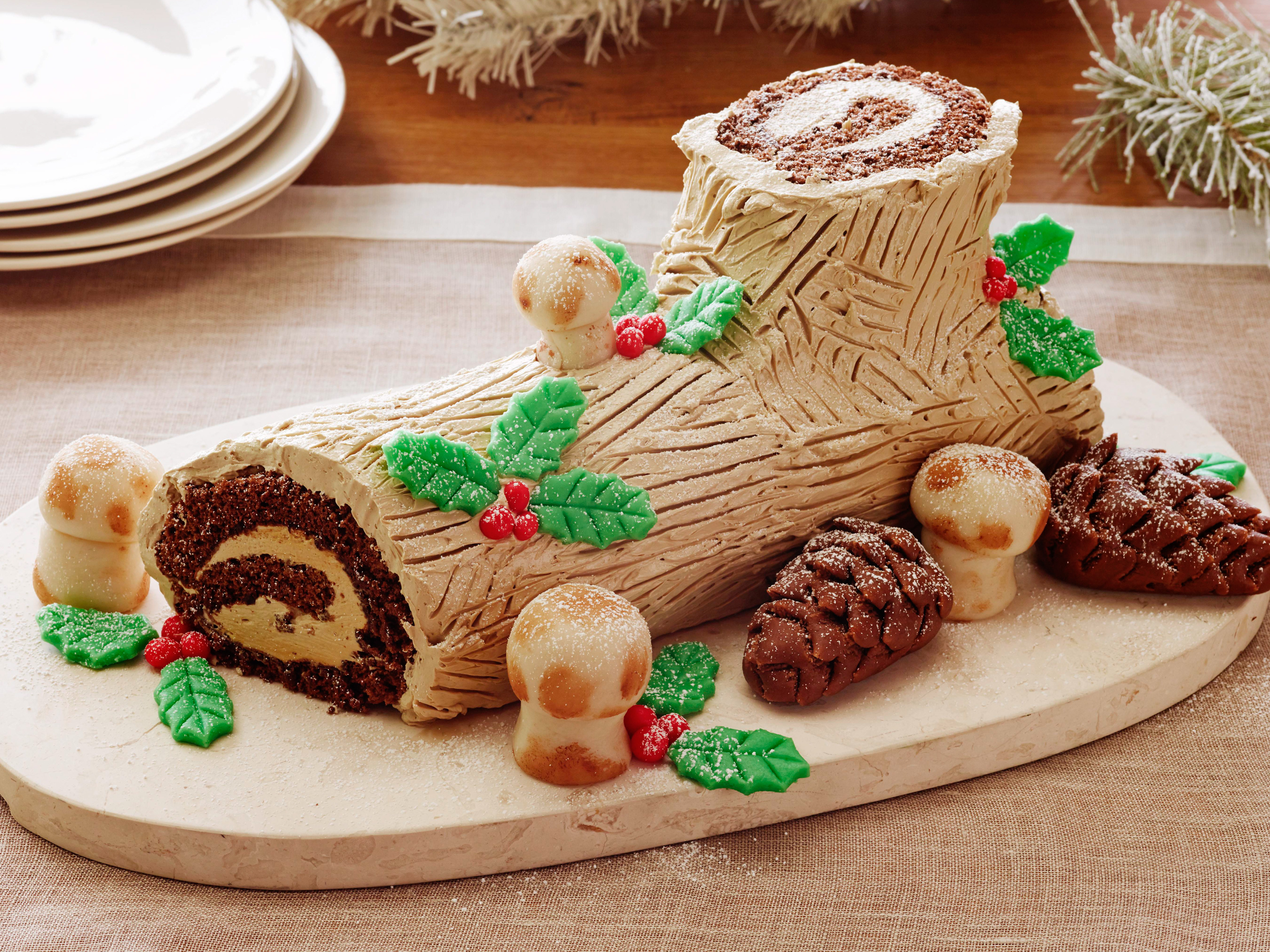 Traditional French Christmas Desserts  Our Favorite Christmas Traditions From Lebanon