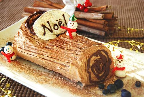Traditional French Christmas Desserts  an American Girl in France La Bûche de Noël a