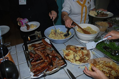 Traditional German Christmas Dinner  What Food Do You Serve for an American Traditional