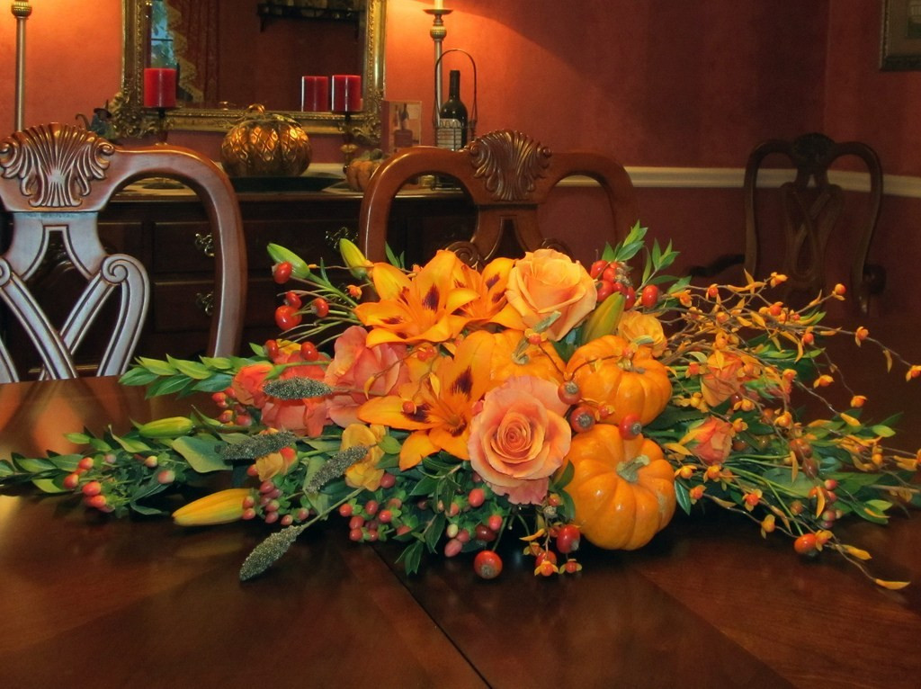 Turkey Centerpieces Thanksgiving  Festive Thanksgiving Table Centerpieces