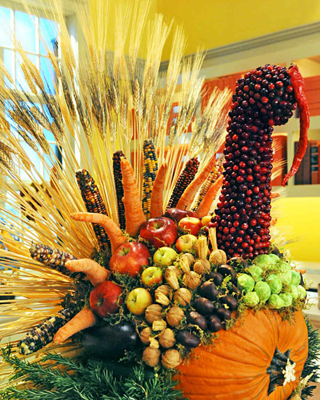 Turkey Centerpieces Thanksgiving  27 Fabulous Fall Centerpieces