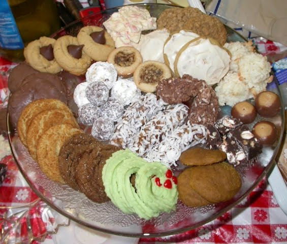 Type Of Christmas Cookies  The Opulent Opossum Sue's Mom's Awesome Christmas Cookies
