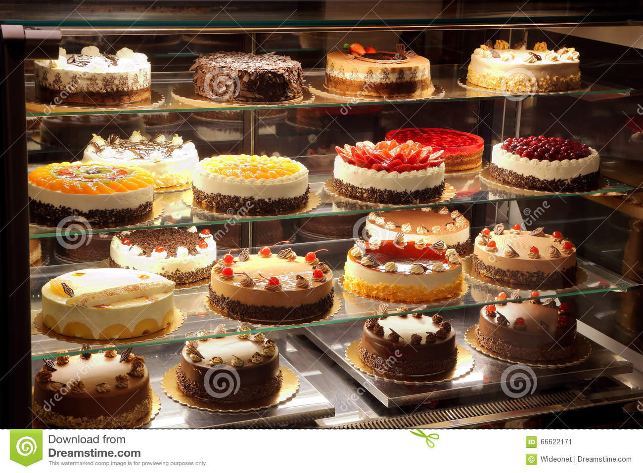 Types Of Christmas Cakes  Different Types Cakes In Pastry Shop Glass Display