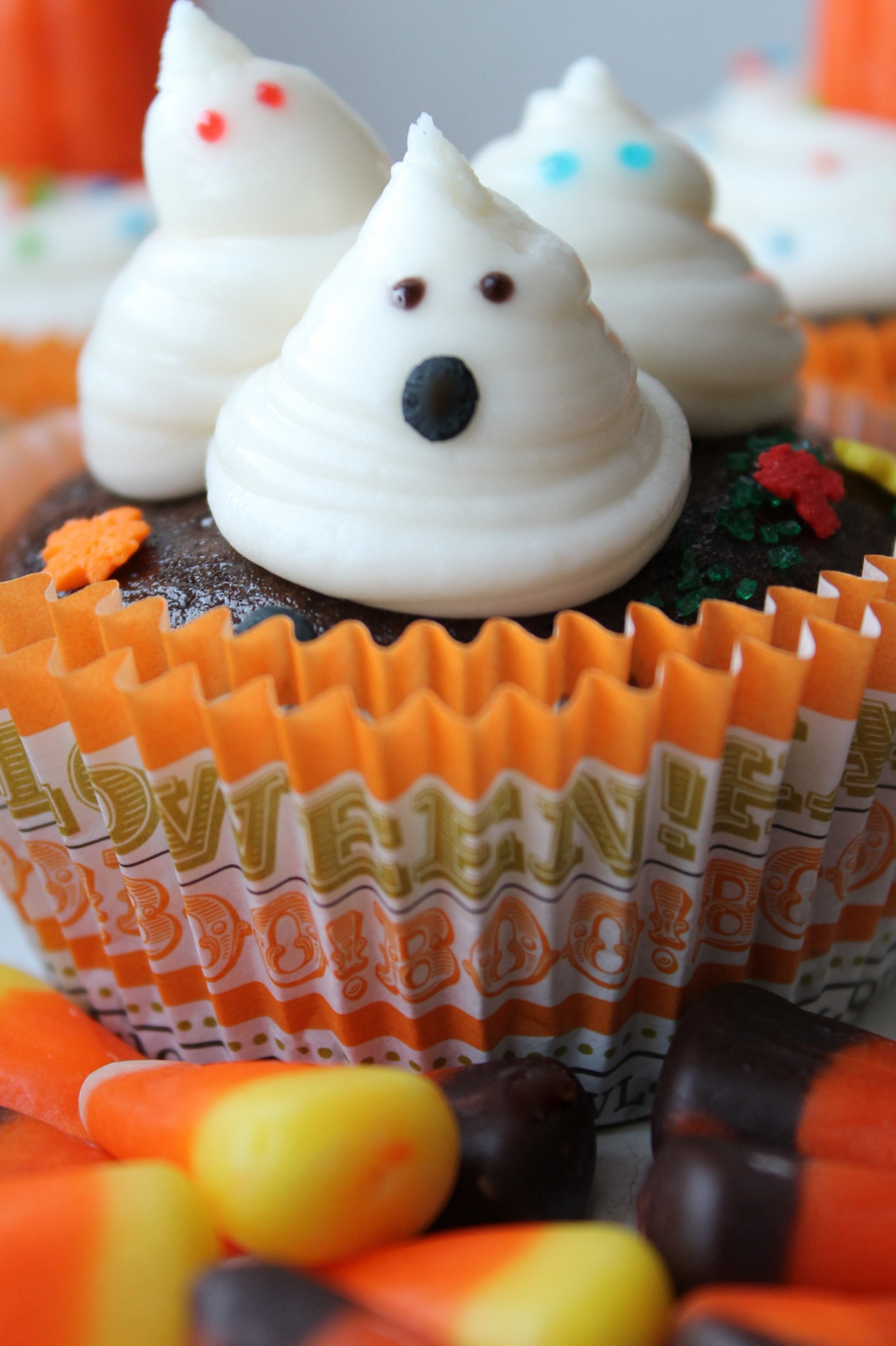 Vegan Halloween Cupcakes  Vegan Halloween cupcakes
