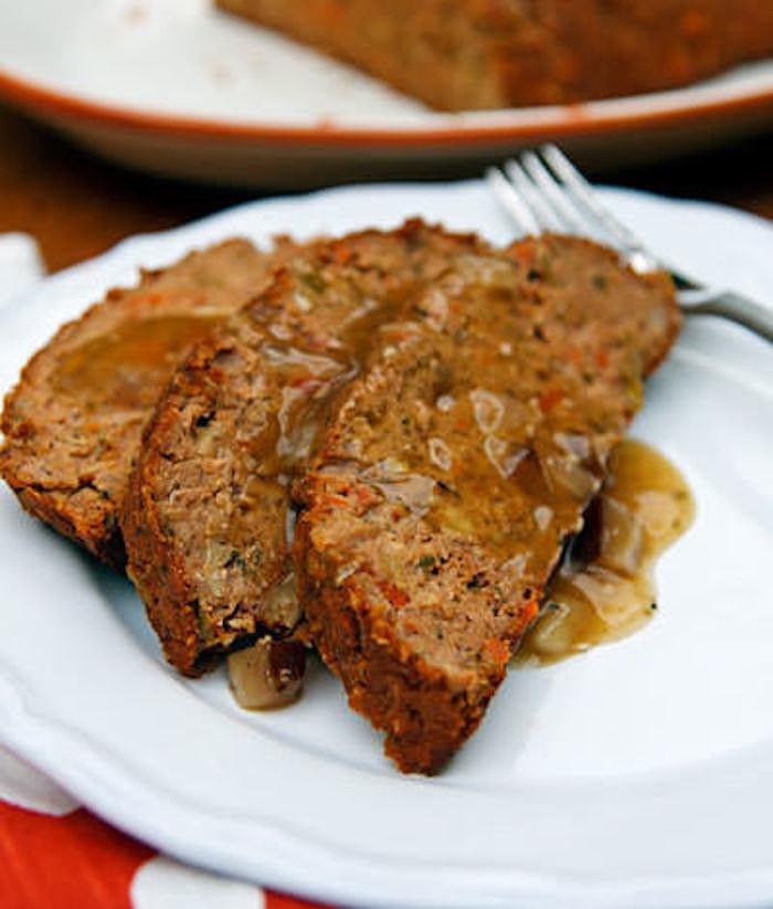 Vegan Thanksgiving Gravy  28 Delicious Vegan Thanksgiving Recipes