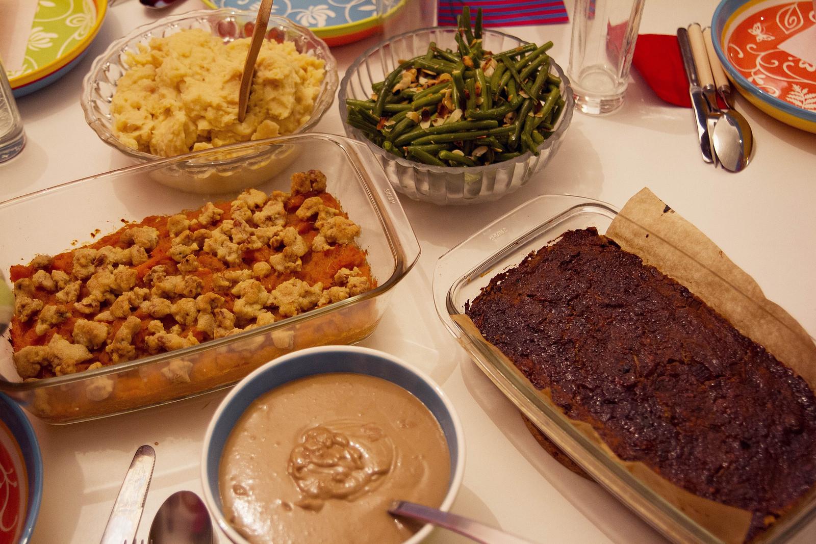 Vegan Thanksgiving Menu Ideas  Vegan Thanksgiving 2012 and Christmas Menu Ideas heylilahey