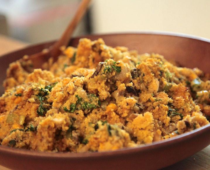 Vegetarian Stuffing Recipes Thanksgiving  Vegan Ve arian Thanksgiving Recipes Vegan Cornbread