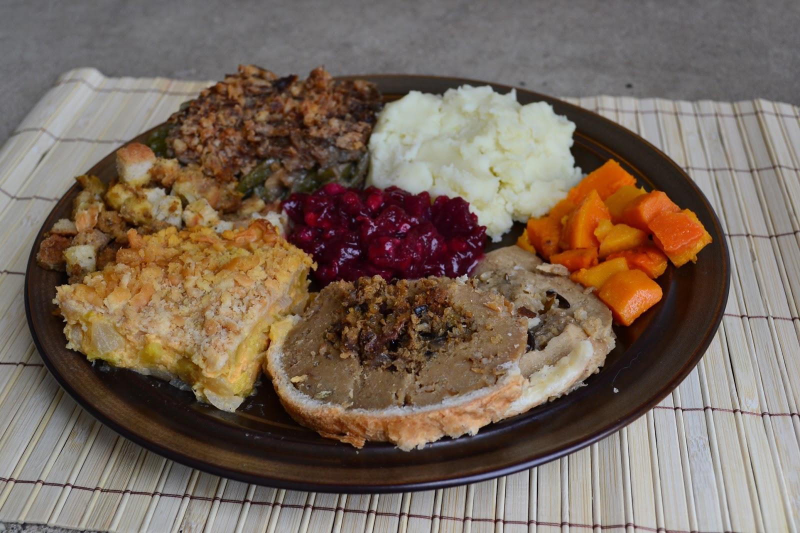 Vegetarian Thanksgiving Meal  Growing Up Veg Thanksgiving Round Up