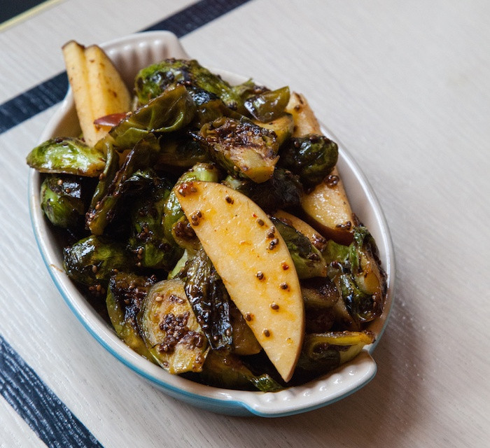 Veggie Side Dishes For Thanksgiving  Healthy Thanksgiving ve arian side dishes