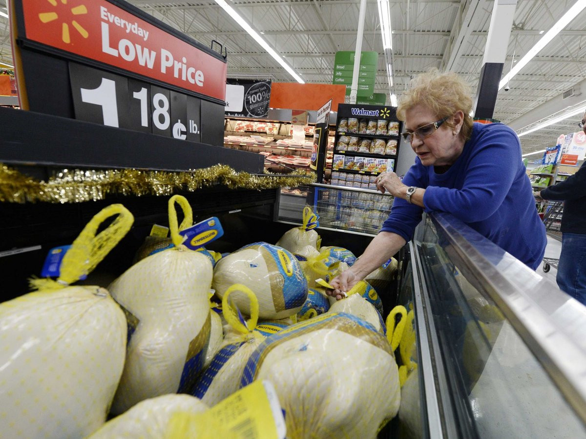 Walmart Thanksgiving Dinners Prepared  Cost Thanksgiving Dinner In America Business Insider