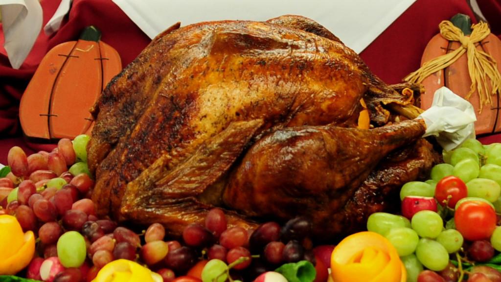 Wegmans Thanksgiving Dinner 2019  Wegmans Walmart Team Up To Help Feed 32 000 New Yorkers