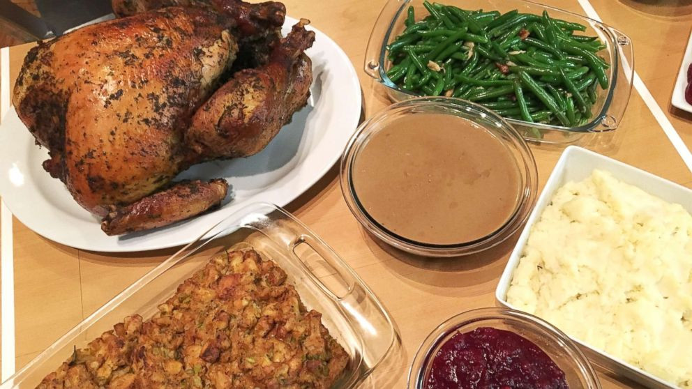 Whole Foods Thanksgiving Dinner 2019  Trying out 3 convenient meal options for Thanksgiving