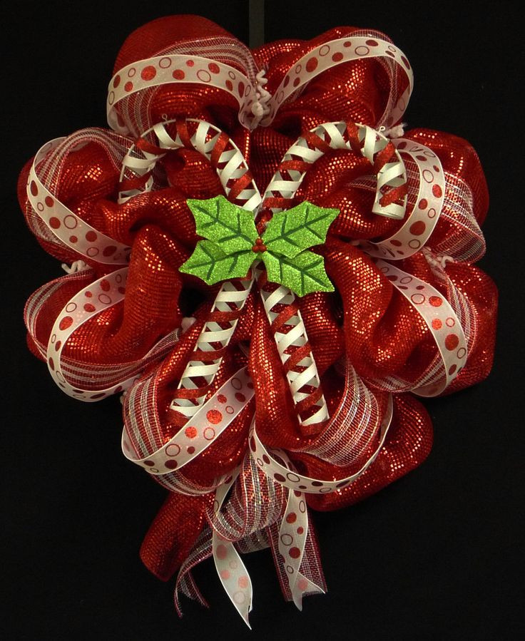 Why Are Candy Canes Associated With Christmas  Best 25 Candy Cane Wreath ideas on Pinterest