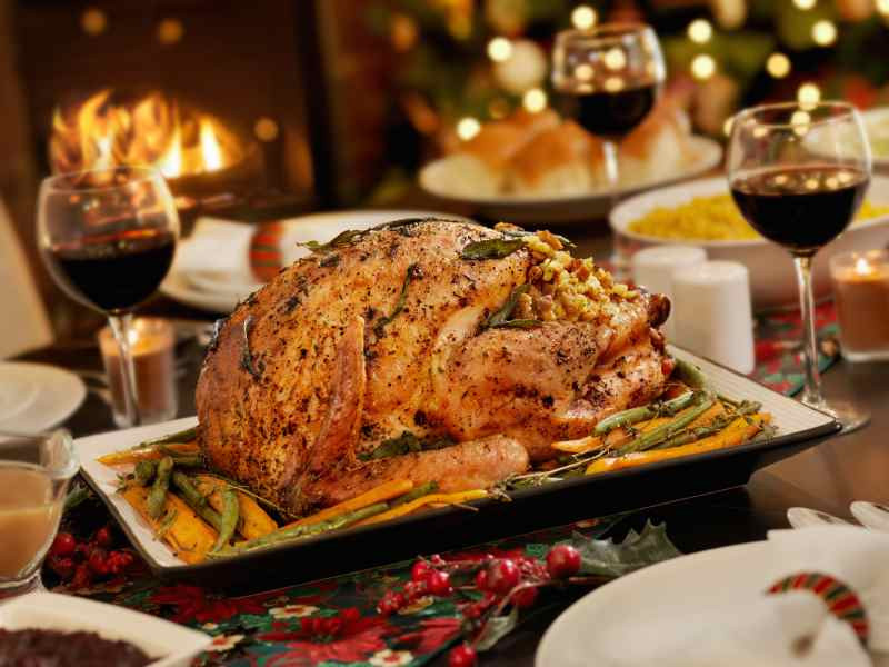 Wine For Thanksgiving Dinner  Christmas Turkey Dinner Thanksgiving Turkey Recipe AK