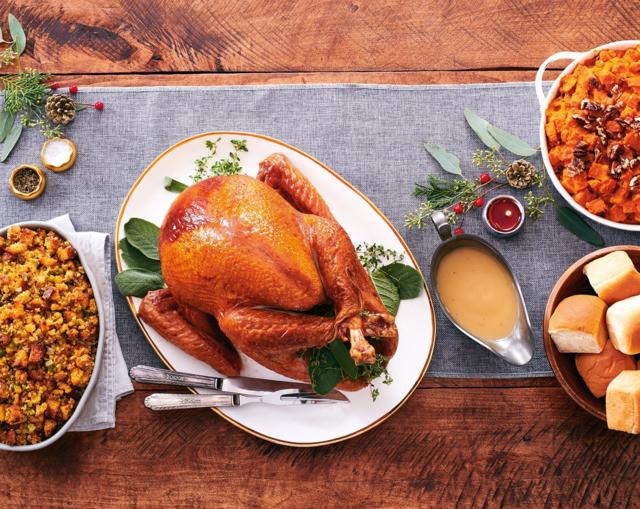 Winn Dixie Thanksgiving Dinner 2019  Southeastern Grocers Donate over 2 000 Thanksgiving
